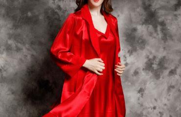 Women's Silk Nightgown & Robe Set 1